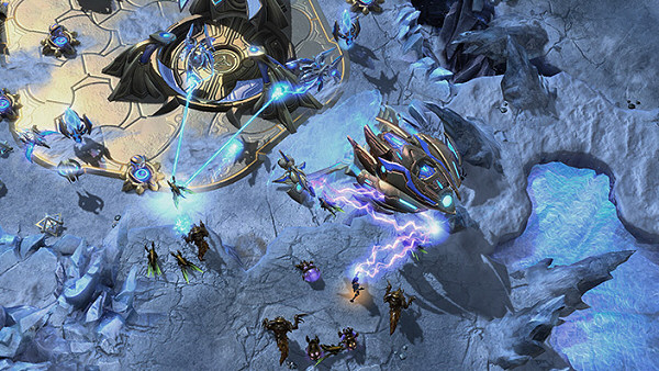 StarCraft 2: Heart of the Swarm | Sci-fi real-time strategy
